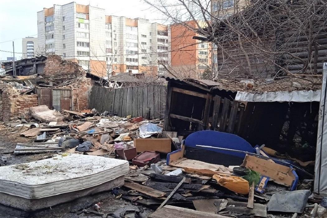 В Тюмени ликвидировали крупную мусорную свалку