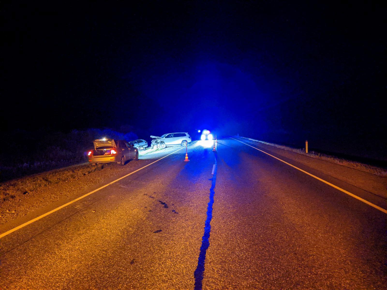 В Тюменской области на трассе в лобовом ДТП погиб мужчина 1