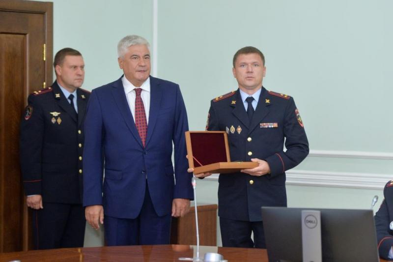 Владимир Колокольцев наградил оперативников, раскрывших убийство малолетней девочки в Тюмени