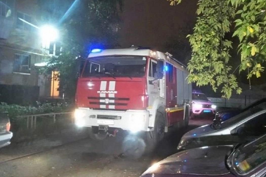 На Вторчермете из-за пожара в 5-этажном доме эвакуировали 23 человека
