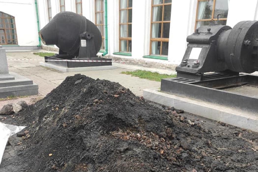 В центре Екатеринбурга нашли исторические артефакты и проведут археологические раскопки