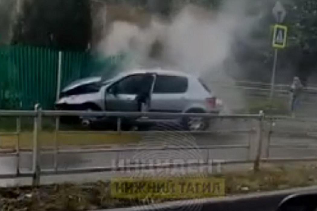 В Нижнем Тагиле при столкновении Daewoo и Peugeot пострадал ребёнок