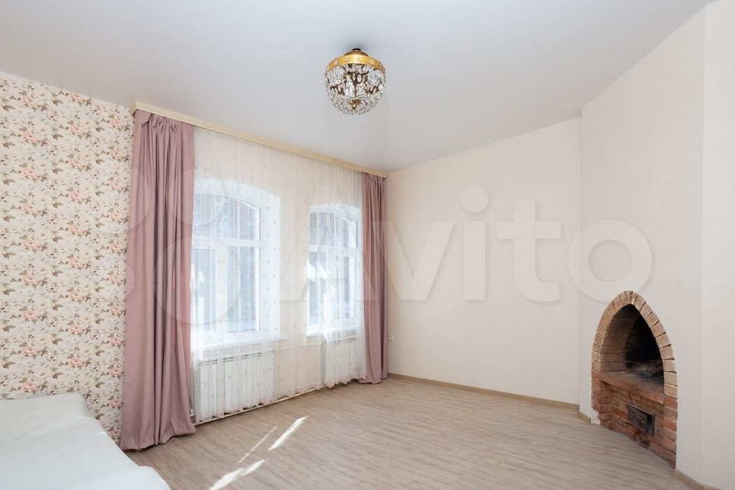 В Екатеринбурге продают немецкий коттедж во Втузгородке за 17,5 миллиона