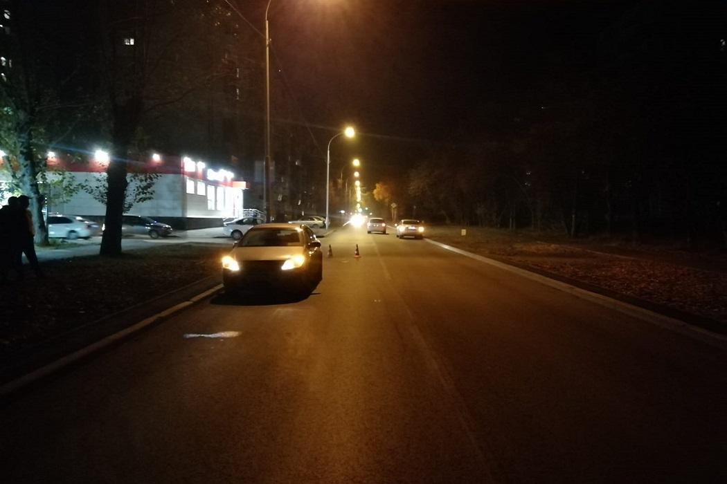 На Уралмаше 19-летний водитель Opel Astra сбил 10-летнюю девочку