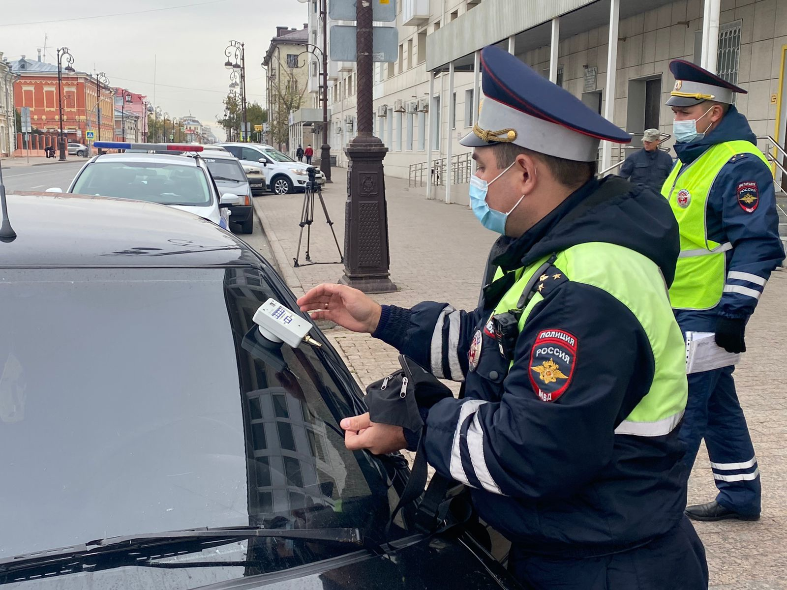 Молодой тюменец на тонированном «Мерседесе» получил 5 суток ареста