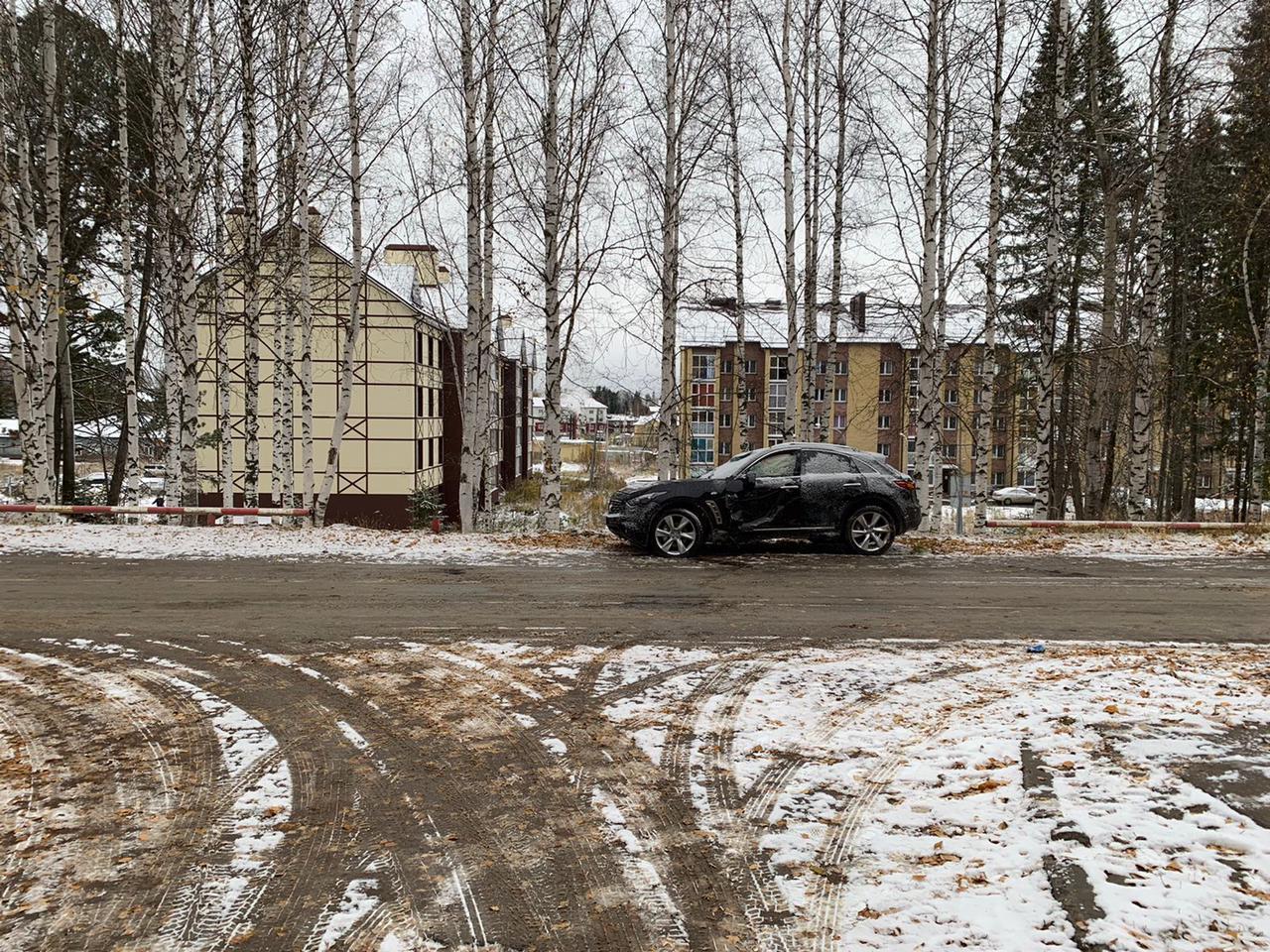 Под Ханты-Мансийском в ДТП с «Инфинити» пострадали женщина и ребёнок 1