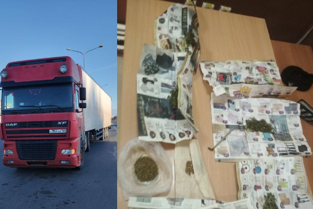 Тюменские автоинспекторы задержали на трассе фуру с наркотиками