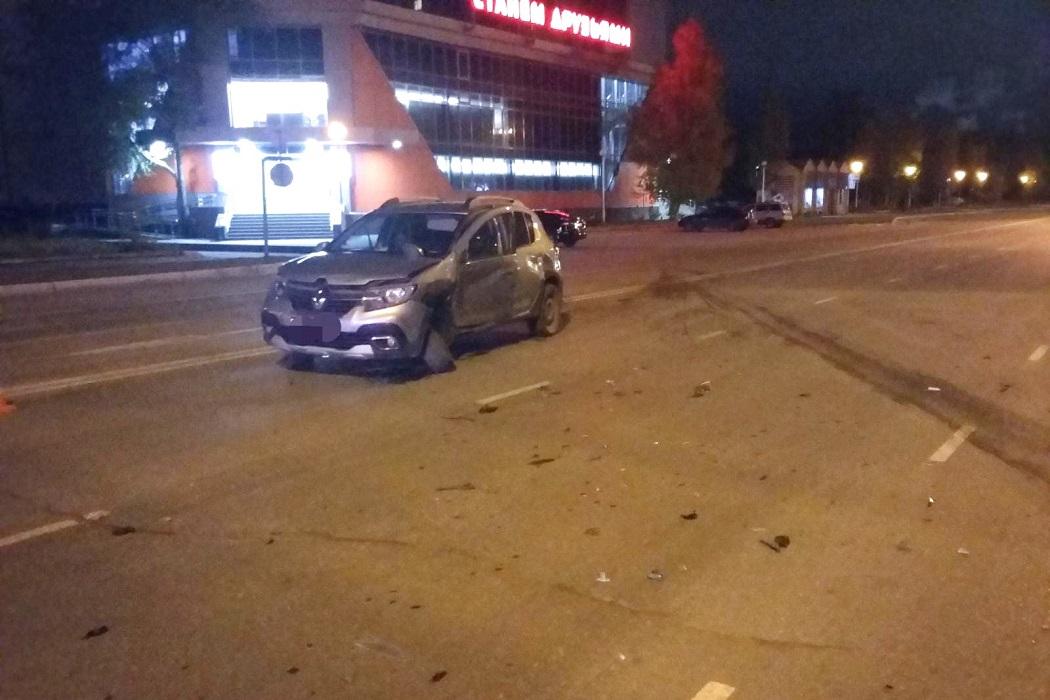 В Нижневартовске в ночном ДТП пострадали пять человек 1