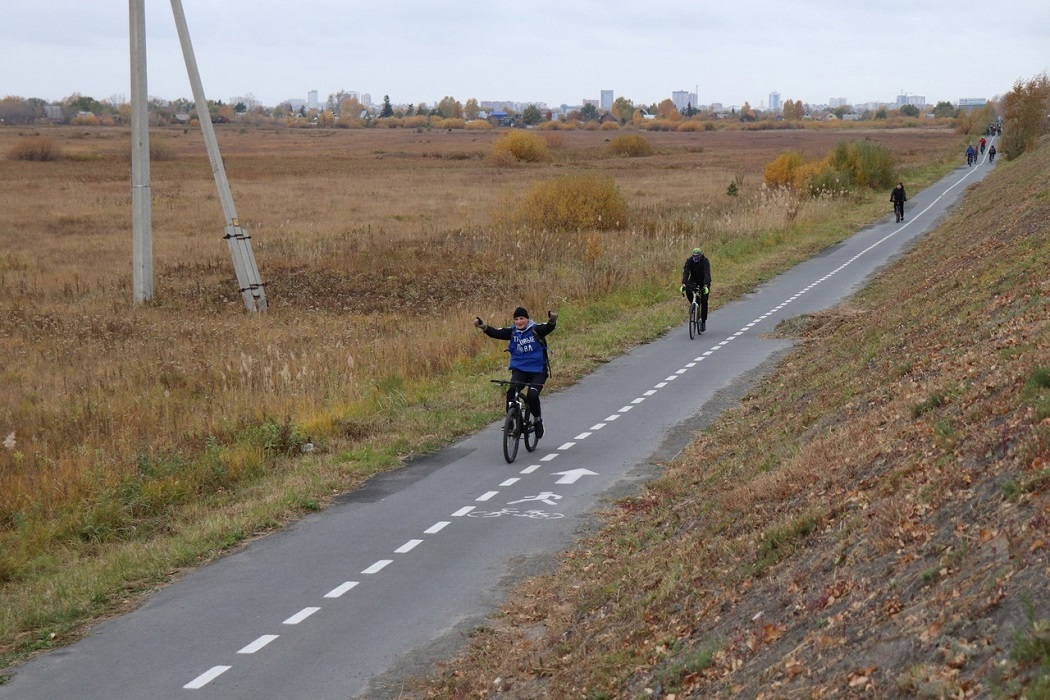 Велопробег + велосипед + велосипедисты + осень