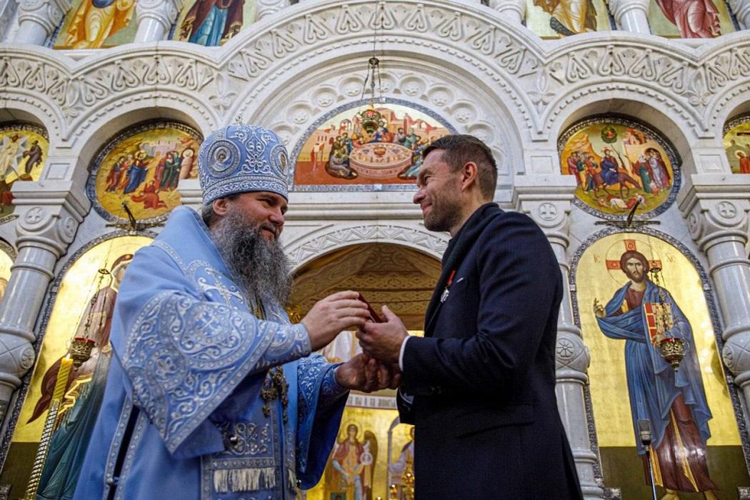 Депутата гордумы Екатеринбурга наградили за восстановление церкви в Нижних Сергах