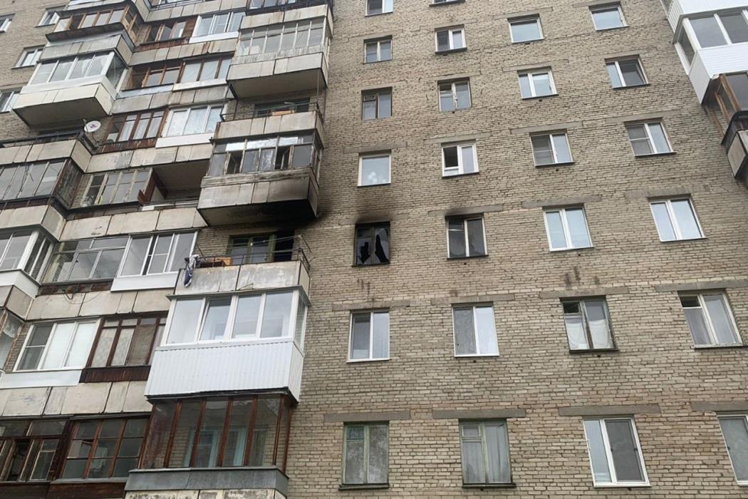 В Новоуральске женщина погибла в квартире, которую поджёг её гость