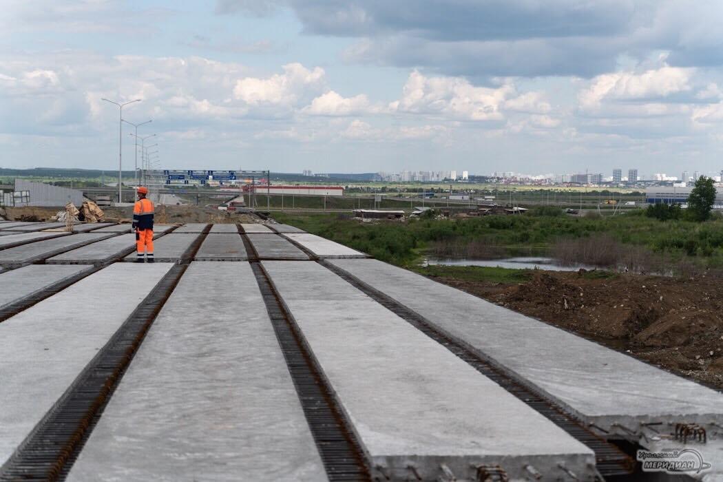 Дорога стройка мост дорожная развязка ЕКАД