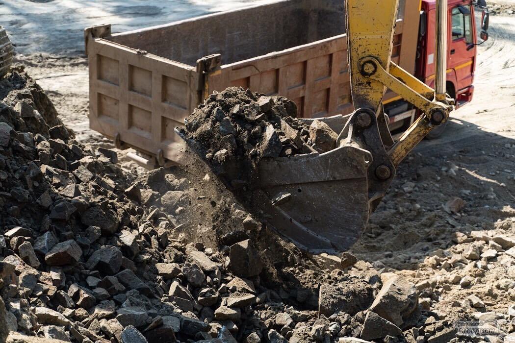 Дорога стройка строительная техника ЕКАД