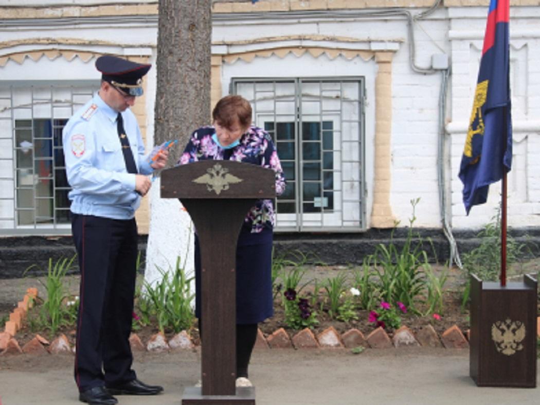 В Курганской области более 300 граждан СНГ получили российский паспорт