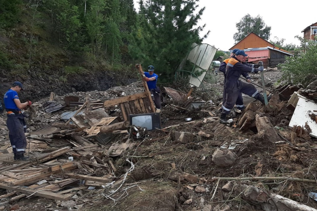 В Нижних Сергах из подтопленных домов откачано 57 300 кубометров воды