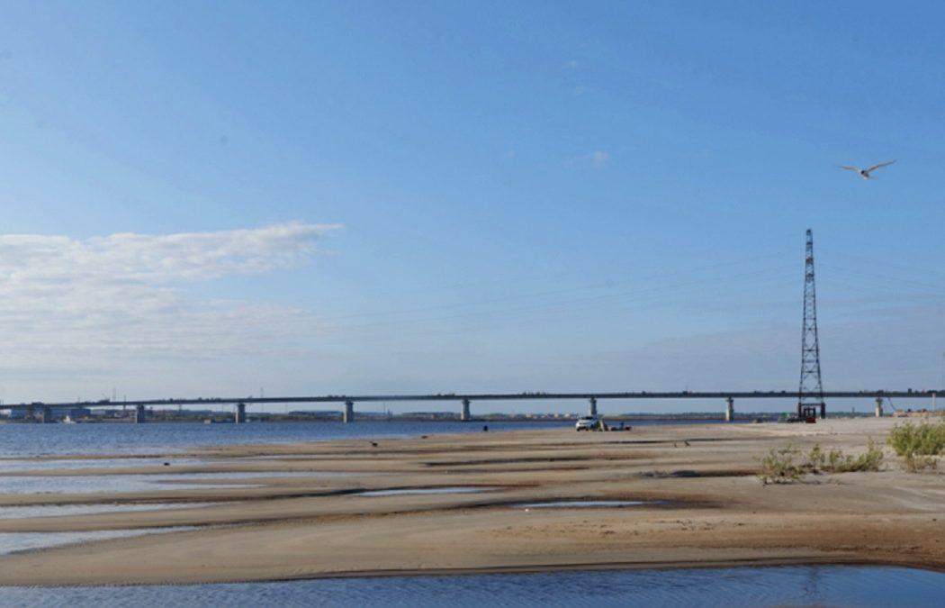 На Ямале строители Пуровского моста соединили берега реки