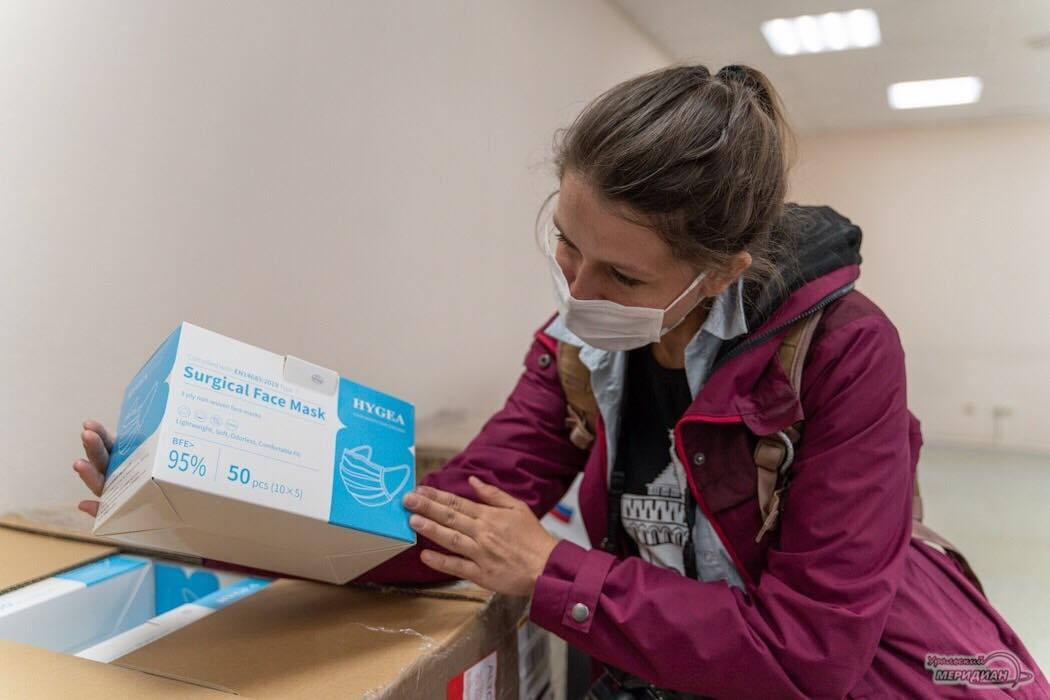 V Ekaterinburge organizatory EGE poluchili maski ot Kitaya 3