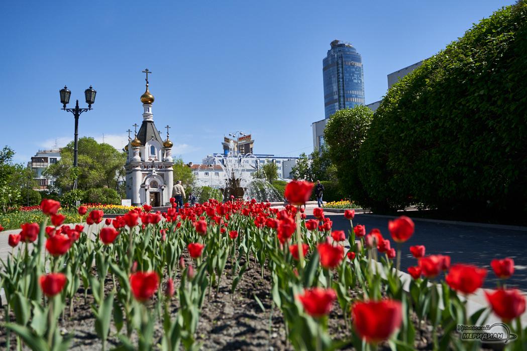 фонтан каменный цветок тюльпаны Екатеринбург