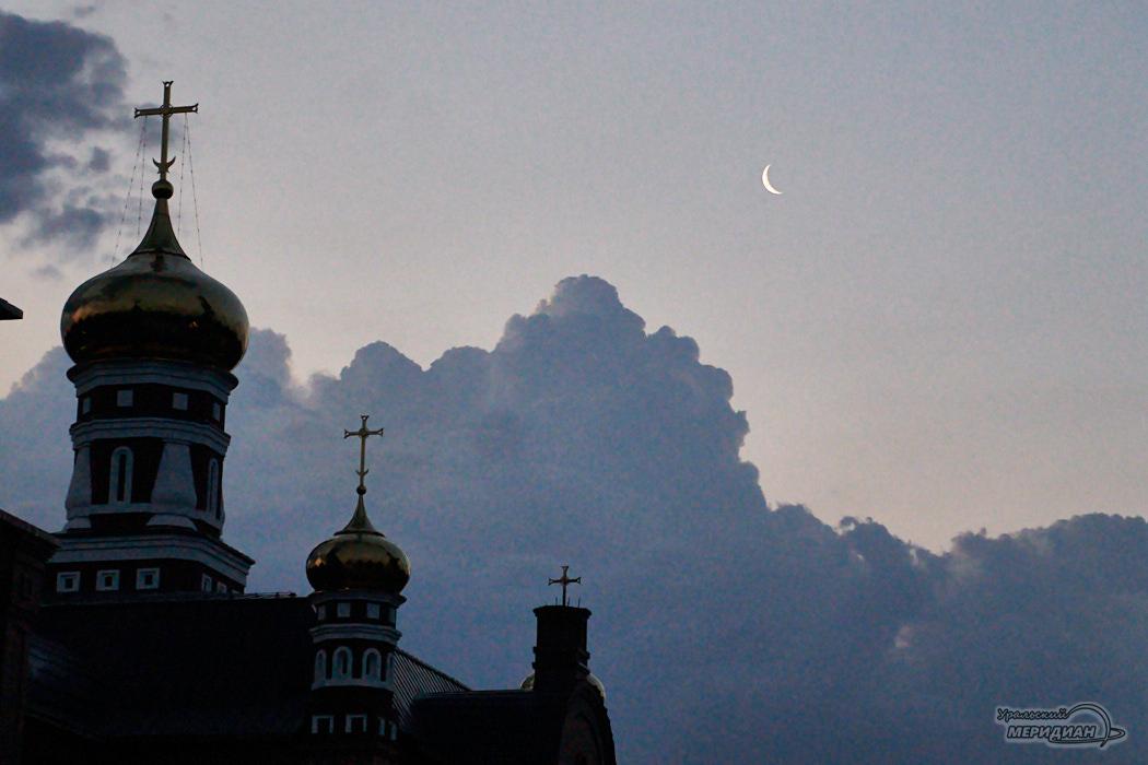 noch luna cerkov