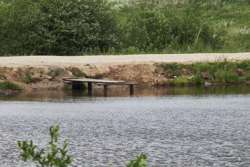 reka ozero bereg voda 2