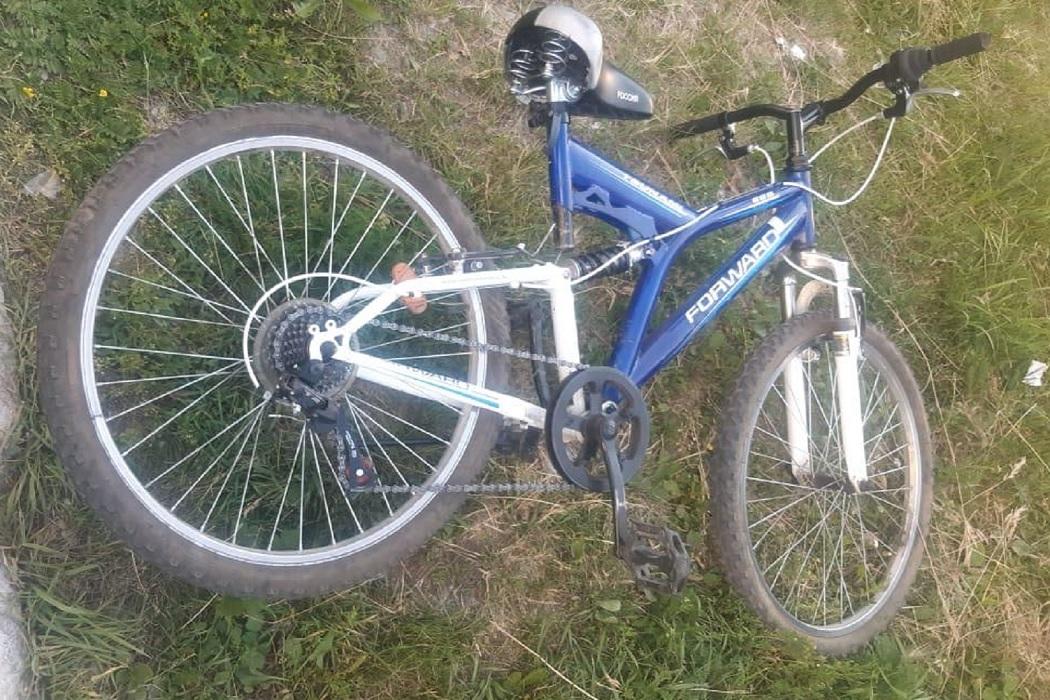 В Екатеринбурге BMW сбил девочку на велосипеде