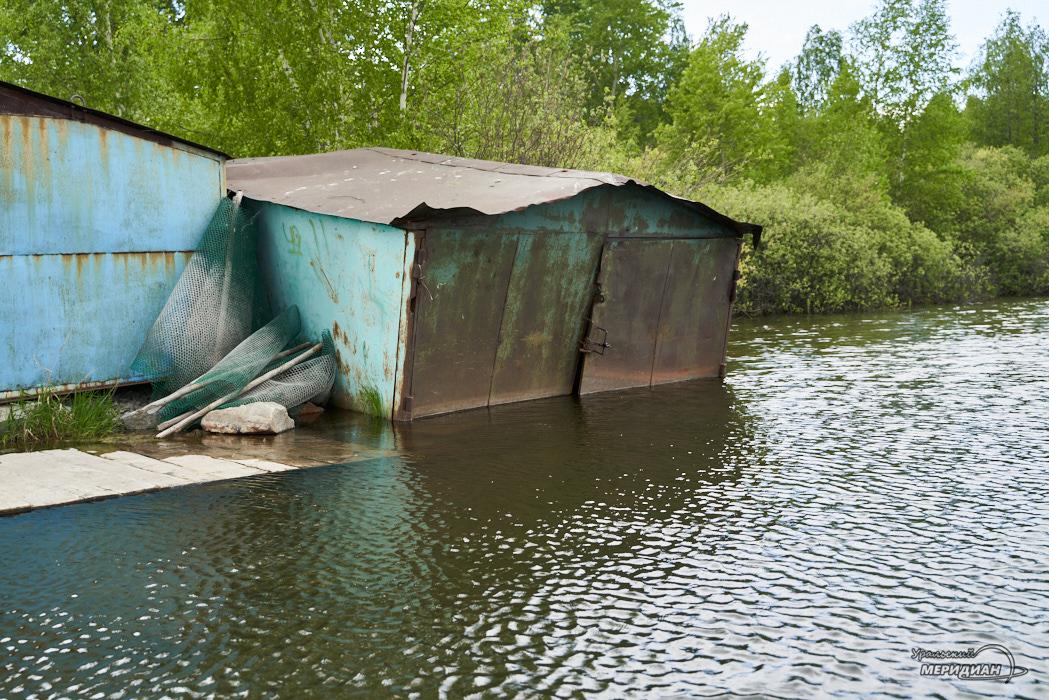 затопленный гараж потоп